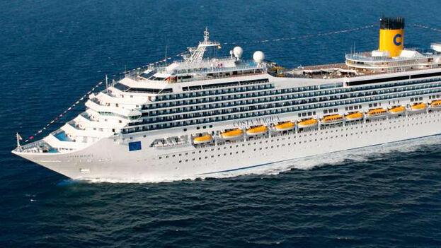 El Costa Mágica ha llegado este jueves a Miami después de que Cuba no le diera permiso de atracar en uno de sus puertos. (Flickr)