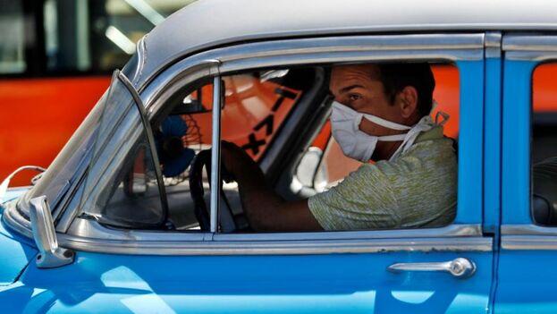 En Cuba hasta ahora han sido diagnosticados 4 casos como positivos del Covid-19: los primeros fueron tres turistas italianos y después un local, residente en la central ciudad de Santa Clara, esposo de una ciudadana boliviana recién llegada de Milán. (EFE)