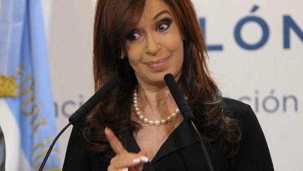 Cristina Fernández de Kirchner ha ironizado sobre la acusación en las redes sociales. (Twitter)