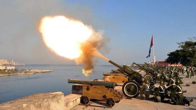 Cuba anunció el disparo de salvas de artillería para conmemorar a Fidel Castro. (redes)