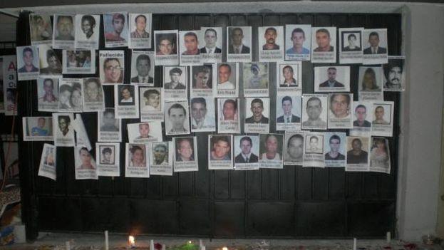 Los migrante colocaron murales con las fotos de presuntos desaparecidos en las travesías ilegales para llegar a EE UU. (14ymedio)