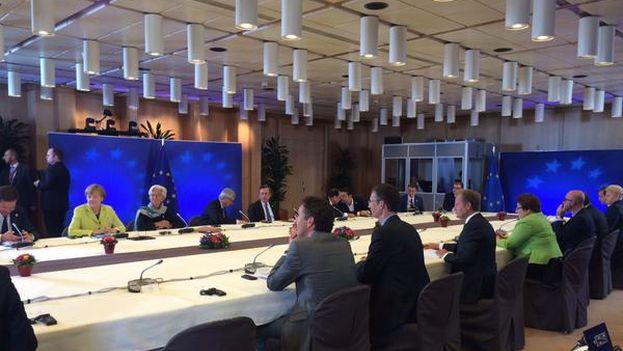 Cumbre extraordinaria sobre Grecia este lunes en Bruselas publicada por Donald Tusk. (@eucopresident)