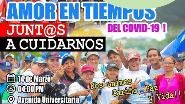 La marcha transcurrió sin la presencia de los convocantes y homenajeados, el presidente Daniel Ortega y su esposa, la vicepresidente Rosario Murillo. (Cartel)