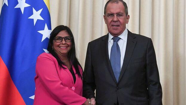 Delcy Rodríguez y Segéi Lavrov juntos hoy en Moscú.