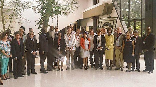 Delegación para la reunión de los Ministros de Cultura de la CELAC. (Twitter/@MinistraParodi)