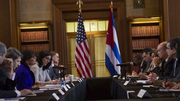 Delegaciones de Cuba y Estados Unidos discuten acuerdos de cooperación. (EFE)