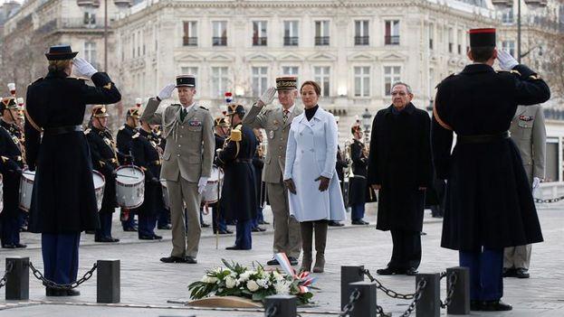 Primera visita oficial a Europa
