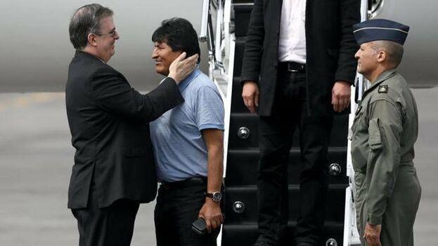 Después de su anuncio y ante presiones de policías y militares, Morales anunció su renuncia a la Presidencia tras casi 14 años en el poder. (@evoespueblo)