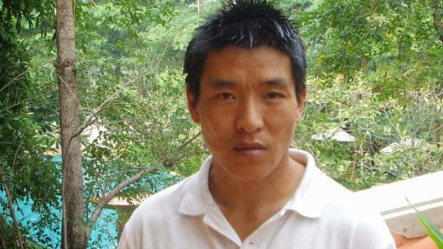 El cineasta tibetano, Dhondup Wangchen, vive exiliado en EE UU tras pasar seis años encarcelado en China.