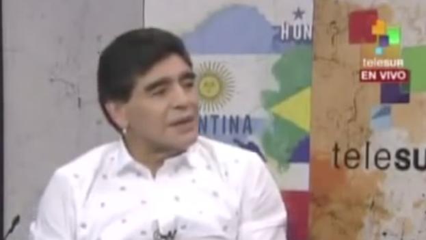 Diego Maradona en Telesur. (Fotograma tomado del programa 'De Zurda')