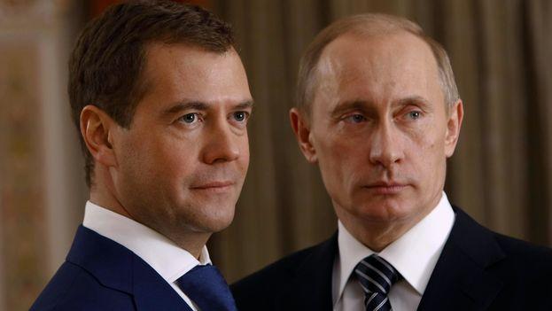 El primer ministro ruso Dimitri Medvedev y el presidente ruso Vladimir Putin (Kremlin)