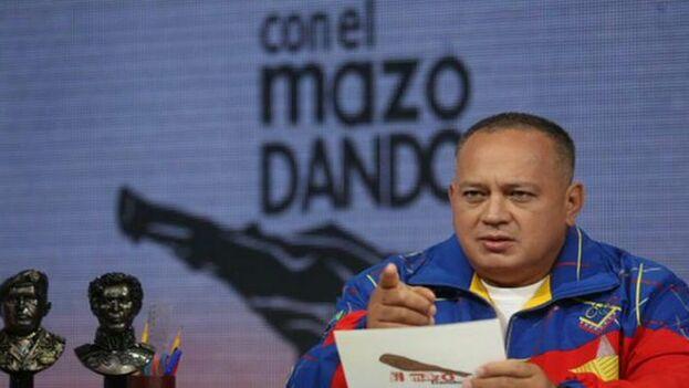 """Diosdado Cabello visita dos días la Isla para tomar nota de la """"experiencia"""" de Cuba a la hora de organizar el próximo mes el Foro de Sao Paulo. (Con el Mazo Dando)"""