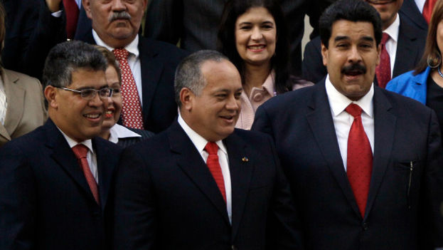Elías Jaua, Diosdado Cabello y Nicolás Maduro, los más altos dirigentes del chavismo. (EFE)