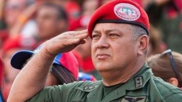 Diosdado Cabello aseguró a Rodríguez Zapatero que solo considera serias a dos personas de la oposición. (Twitter)