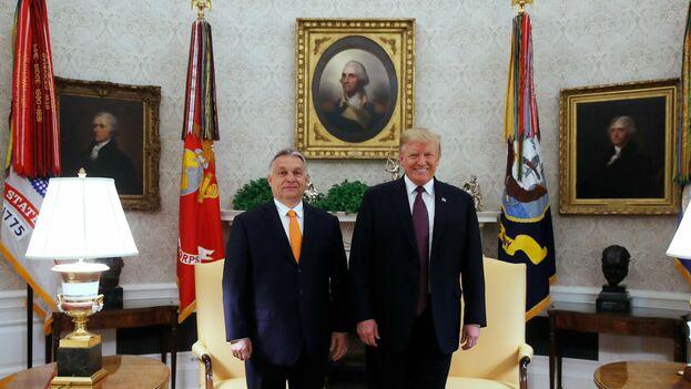 Donald Trump es el primer presidente de EE UU que recibe a Viktor Orbán, al que Bush y Obama se negaron a ver en la Casa Blanca. (@hungary_journal)