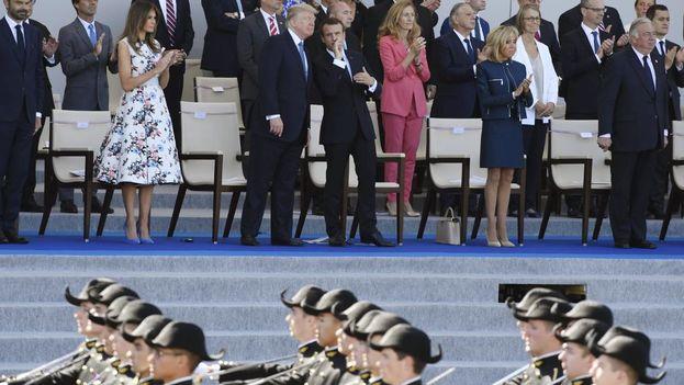 Donald Trump y Emmanuel Macron durante el desfile del 14 de julio en Francia el pasado 2017. (EFE)
