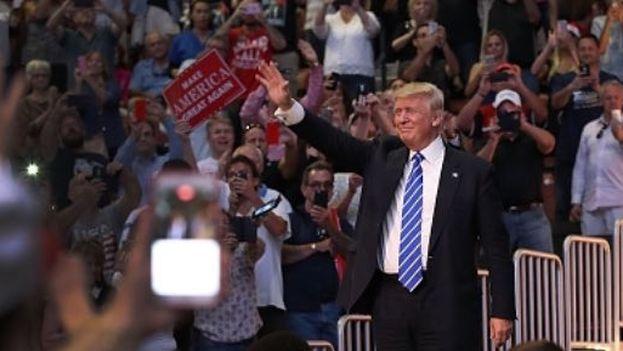 Donald Trump este miércoles en el mítin de Fort Lauderdale, Florida. (@realDonaldTrump),