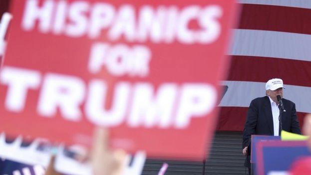 Donald Trump en un acto de campaña en Florida. (EFE)