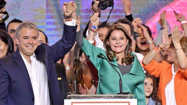 Iván Duque y Marta Lucía Ramírez celebran su victoria en las elecciones de este domingo. (@IvanDuque)