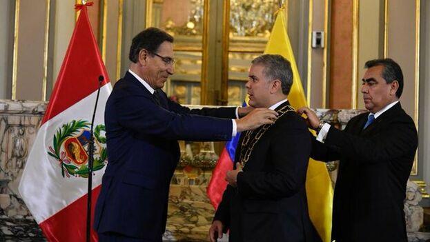 Duque recibió el gran collar de la Orden El Sol de Perú, la más alta distinción del país. (@IvanDuque)