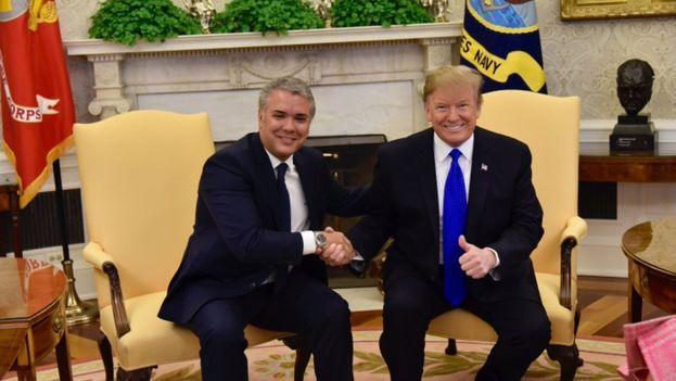 Duque y Trump mantuvieron una reunión en la Casa Blanca en la que, además de sobre Venezuela, hablaron de narcotráfico. (IvanDuque)