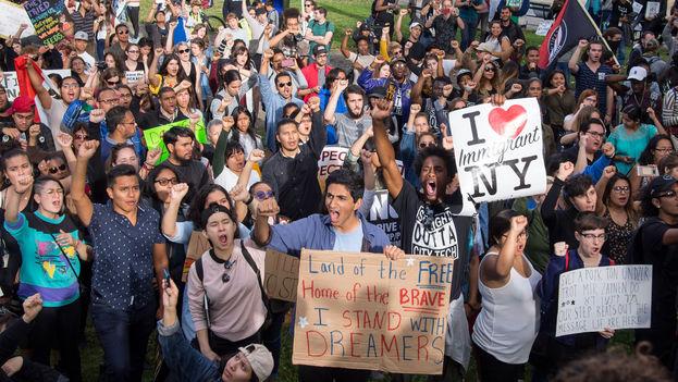 Un grupo de 'dreamers' protesta en Nueva York este septiembre contra las medidas tomadas por el presidente de EE UU, Donald Trump. (Rhododendrites/Wikimedia)