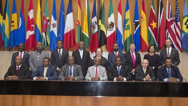 Foto oficial de la reunión de EE UU, Caricom y la República Dominicana este martes. (@WHAAsstSecty)