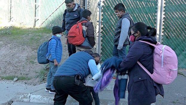 EE UU detuvo a poco más de 5.700 menores en enero, lo que también supuso un aumento del 18% en relación con el mes anterior. (EFE/Albert Rivera/Archivo)