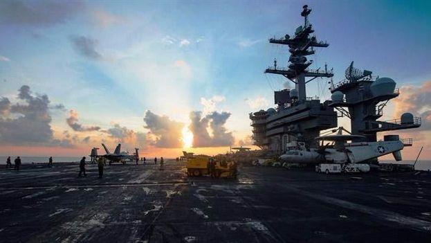 El contralmirante chino Lou Yuan sugirió que los misiles de su país deben barrer del mapa dos portaviones norteamericanos. (Foto: EFE/Matt Brown/Cortesía Fuerza Naval de los Estados Unidos)
