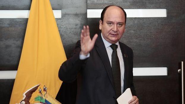 El fiscal de Ecuador, Carlos Baca Mancheno, hizo pública la grabación este lunes en una rueda de prensa.  (EFE)