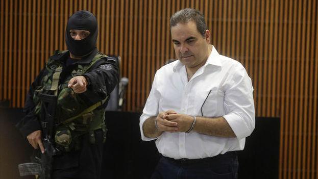 El expresidente salvadoreño Elías Antonio Saca detenido en San Salvador. (EFE)