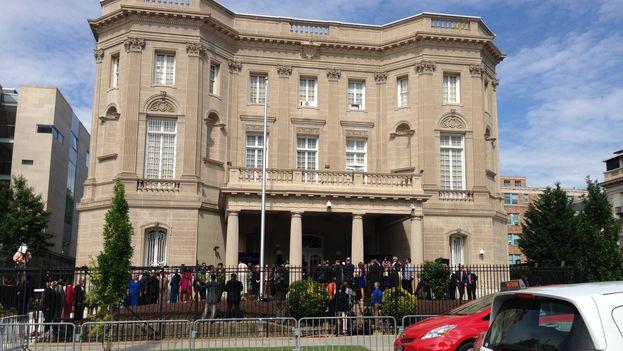 La apertura de una embajada en EE UU para La Habana solo constituye un primer paso hacia la normalización de las relaciones entre los dos países. (14ymedio)