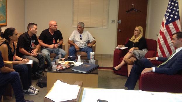 Encuentro este miércoles del cónsul estadounidense en La Habana con la prensa independiente. (14ymedio)