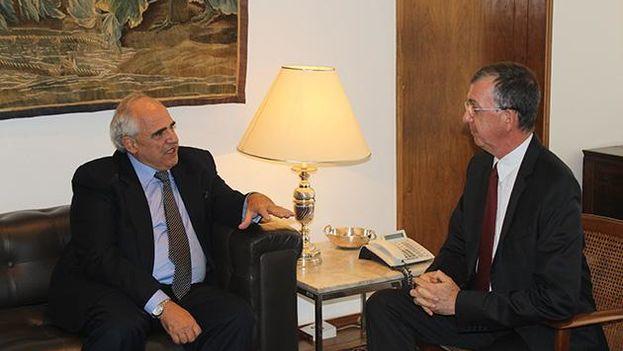 Ernesto Samper conversó con el viceministro de Relaciones Exteriores, Sérgio França Danese, de las elecciones venezolanas. (@unasursecgral)