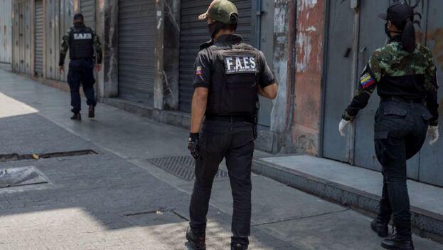 Agentes de las Fuerzas de Acciones Especiales (FAES) de Venezuela, cuya disolución ha pedido la ONU. (EFE)