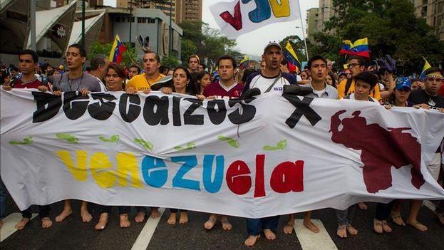 Estudiantes venezolanos marchan contra el Gobierno de Nicolás Maduro. (Archivo EFE)