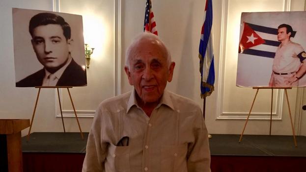 Eugenio Rolando Martínez falleció rodeado de su familia en la casa de su hija en la citada ciudad del condado de Lake. (Luis Leonel)