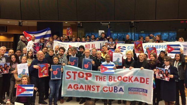 La conferencia sobre el embargo en el Europarlamento estuvo organizada por el Grupo de Izquierda Unitaria y la Embajada de Cuba ante Bélgica y Luxemburgo y misión ante la UE. (@GUENGL)