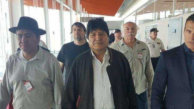 Evo Morales llegó a Ezeiza, Argentina, el 12 de diciembre de 2019. (EFE)