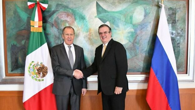 """Tras una reunión con el ministro de Exteriores mexicano, Marcelo Ebrard, Lavrov afirmó que ambos hablaron """"de la necesidad de diálogo nacional sin condiciones previas"""" en Venezuela. (SRE_México)"""
