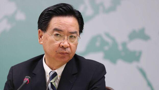 El ministro de Exteriores de Taiwán, Joseph Wu. (EFE/Ritchie B. Tongo)