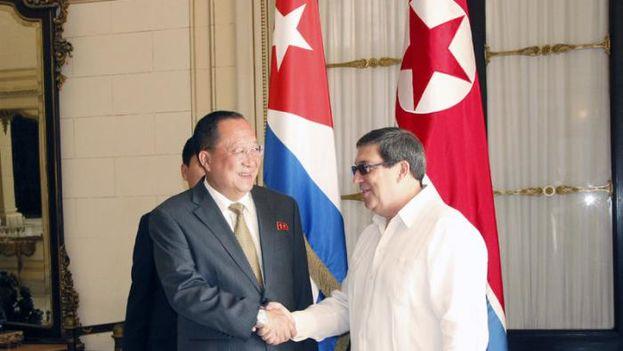 El titular de Exteriores norcoreano está en Cuba desde el pasado lunes pero su agenda oficial no comenzó hasta este miércoles. (Granma)