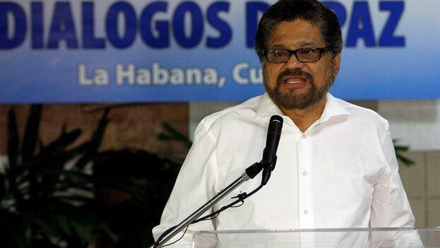 """El jefe guerrillero de las FARC """"Ivan Márquez"""", en los diálogos de paz de La Habana. (EFE)"""