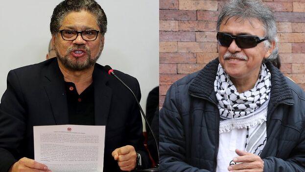 Los disidentes de las FARC Luciano Marín, alias 'Iván Márquez', a la izquierda, y Seuxis Paucias Hernández, alias 'Jesús Santrich', a la derecha. (EFE/Archivo)