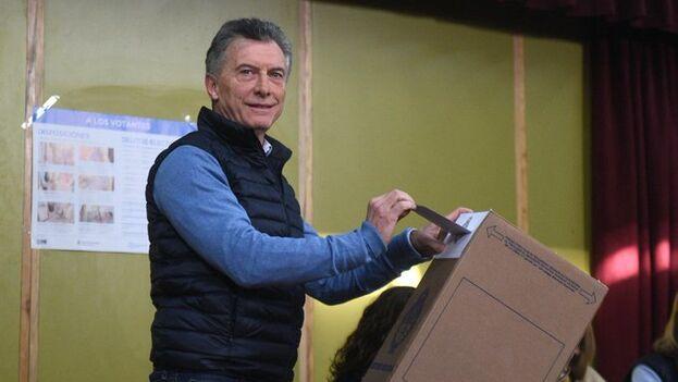 La victoria de Fernández se produjo por un margen muy superior al que pronosticaron las encuestas, que no calculaban una ventaja mayor de unos 5 puntos(@mauriciomacri)