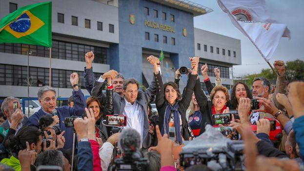 El expresidente pidió que Fernando Haddad sea Lula para los brasileños en una misiva desde la cárcel. (Ricardo Stuckert)