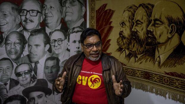 Óscar Figuera, diputado del Partido Comunista de Venezuela, en Caracas. (EFE/Miguel Gutiérrez)