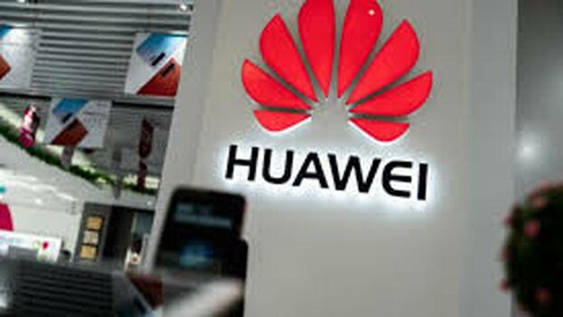 El diario británico 'Financial Times' recuerda cómo la administración del presidente estadounidense, Donald Trump, vetó los negocios entre firmas de su país y la empresa de telecomunicaciones Huawei.