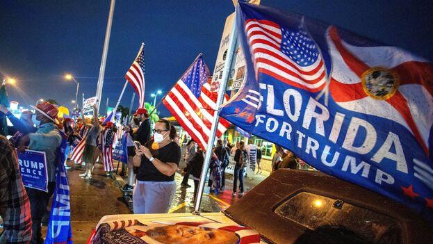 Los resultados reafirman que entre los cubanoamericanos de Florida persiste el apoyo a Trump, así como a su línea dura hacia Cuba. (EFE/Cristóbal Herrera)