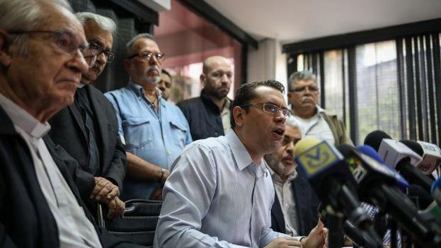 El portavoz del Frente Amplio indicó que los opositores no se manifestarán en las calles si Maduro jura un nuevo período el 10 de enero. (EFE)
